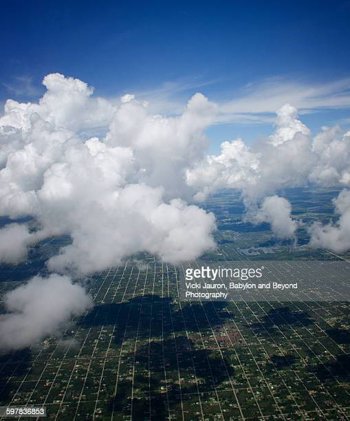 micky mouse eared cloud - aerial view of florida - fort myers stock pictures, royalty-free photos & images