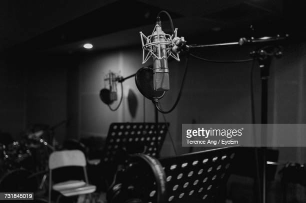 microphone at recording studio - recording studio stock pictures, royalty-free photos & images