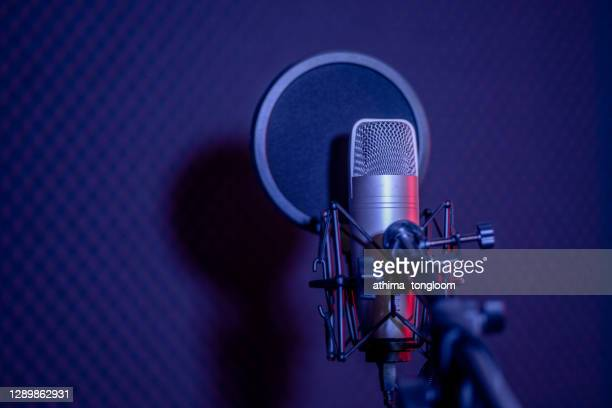 microphone - hip hop music stock pictures, royalty-free photos & images
