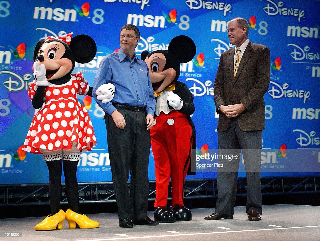 Gates Launches MSN 8 : News Photo