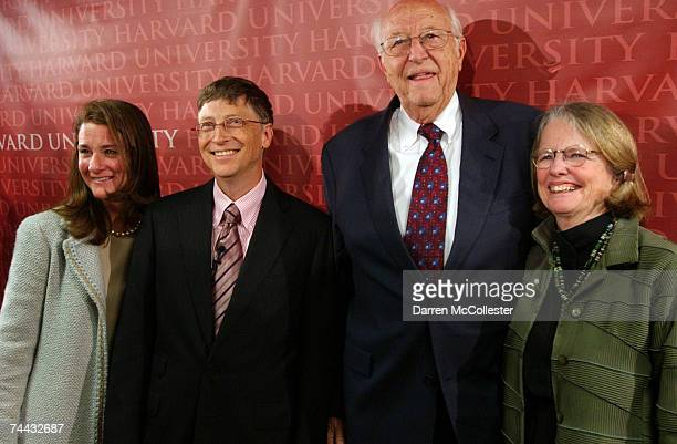 Microsoft co-founder and Chairman Bill Gates poses with wife Melinda and parents Bill Sr. And Mimi following his commencement speech at Harvard...