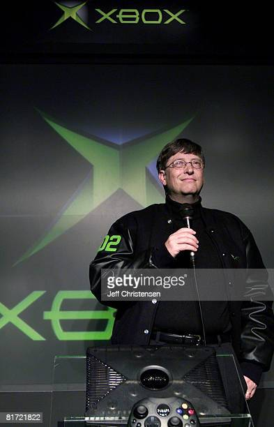 Microsoft Corp. Chairman Bill Gates talks to members of the media during a news conference February 21, 2002 in Tokyo. Gates is in Tokyo to take the...