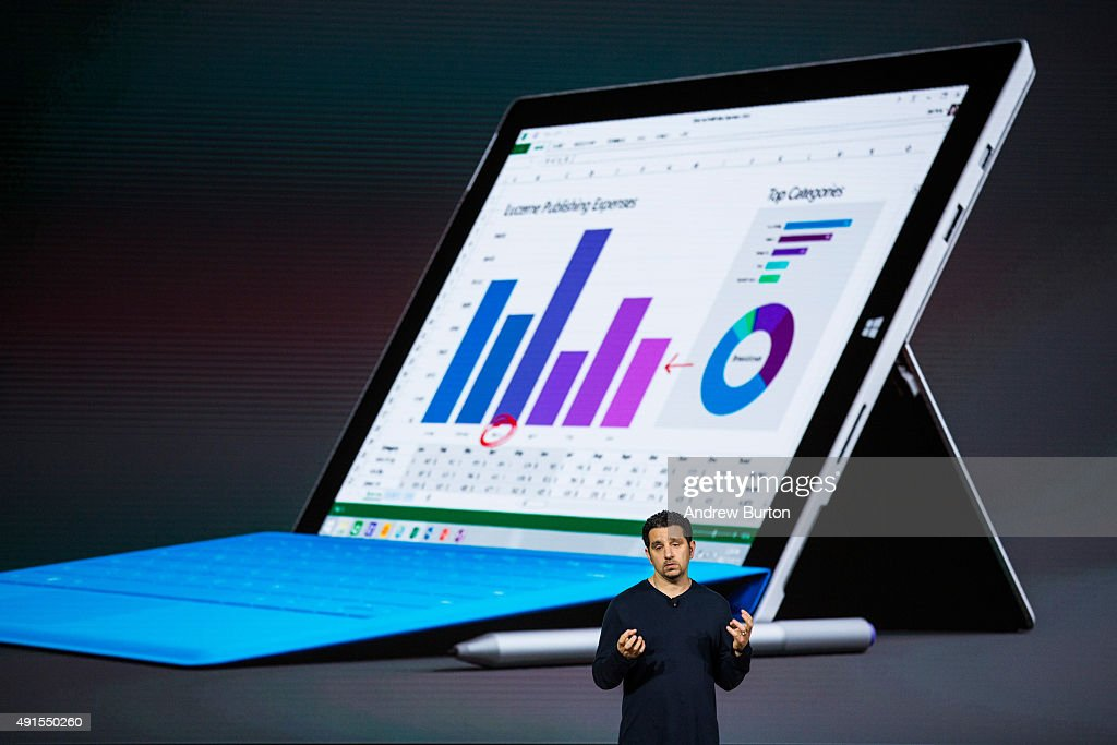 Microsoft Unveils New Devices Powered By Windows 10 : ニュース写真