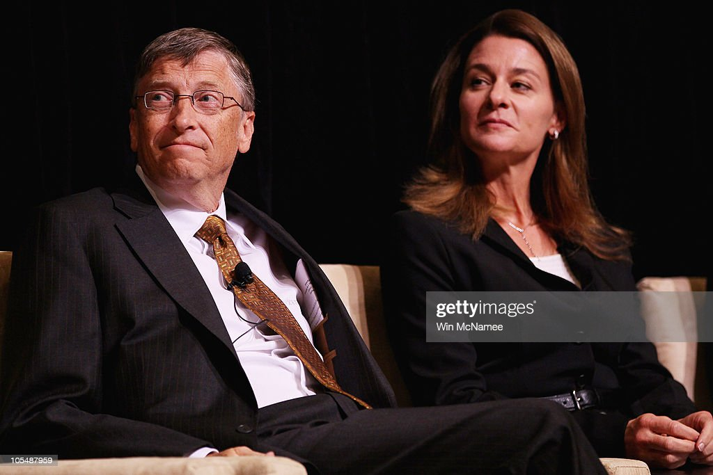 Bill And Melinda Gates Awarded Fulbright Prize For Int'l Understanding : News Photo