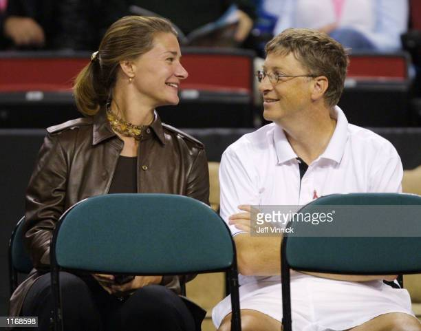 Microsoft founder Bill Gates and his wife Melinda Gates attend the Schick XTreme III Tennis Challenge October 7, 2001 at the Key Arena in Seattle, WA.
