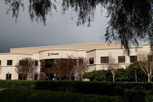 CA: Microsoft Offices Ahead Of Earnings Figures