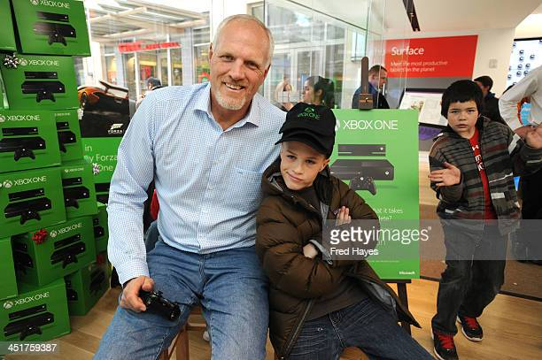 Microsoft retail store and former Utah Jazz basketball player Mark Eaton host the Xbox One Sports Star Challenge event at City Creek Center on...