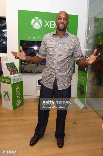 Microsoft Retail Store and Miami Heat Hall of Famer Alonzo Mourning host Xbox One Gaming Tournament at Dadeland Mall on November 23 2013 in Miami...