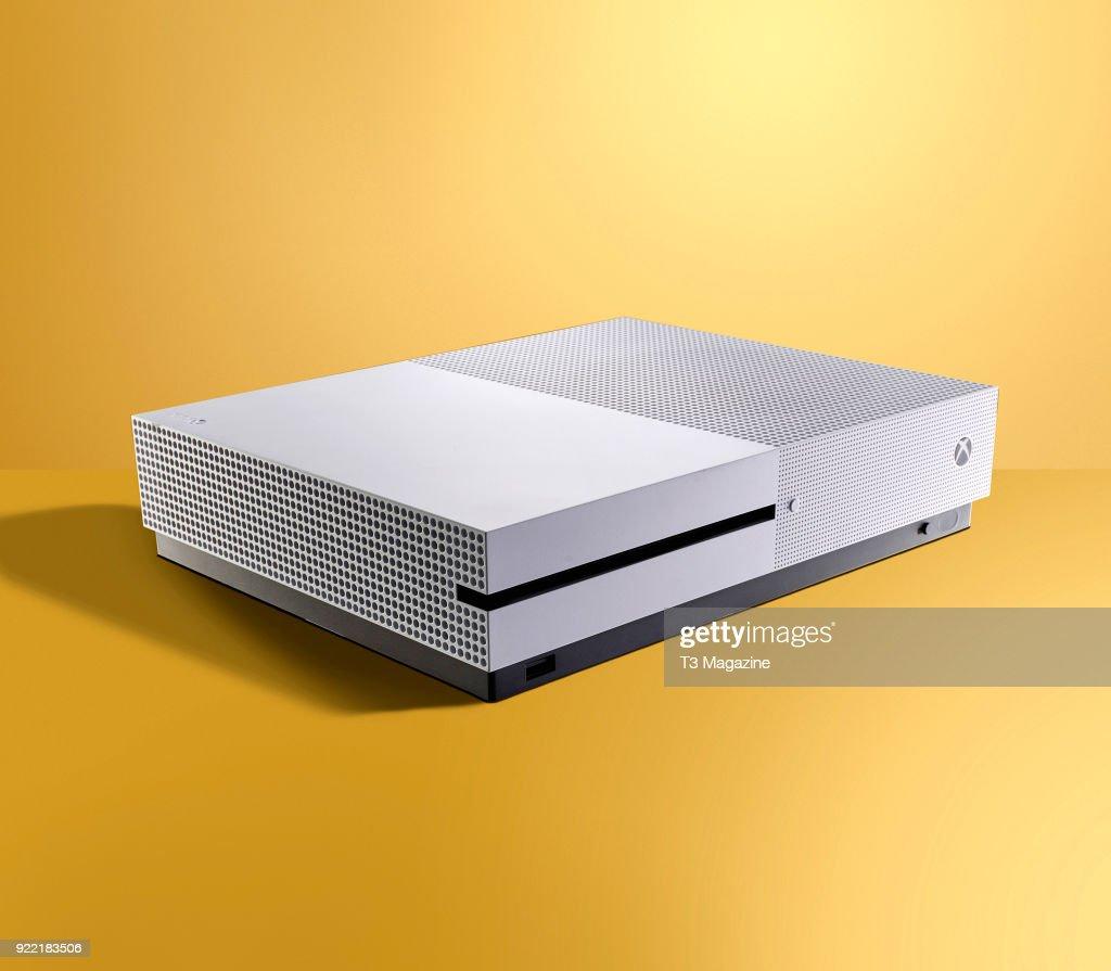 4K TV Hardware Shoot : News Photo