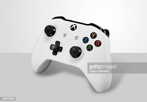 Microsoft Xbox One S Wireless Controller, taken on August 19, 2016.