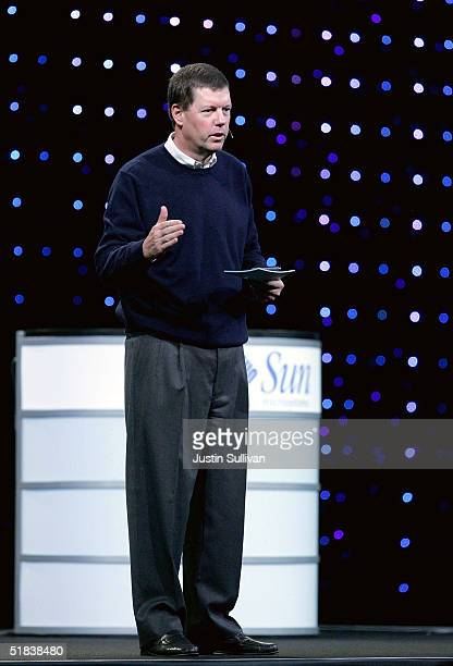 Microsystems CEO Scott McNealy delivers a keynote address at the 2004 Oracle OpenWorld Conference December 8, 2004 in San Francisco. The annual...
