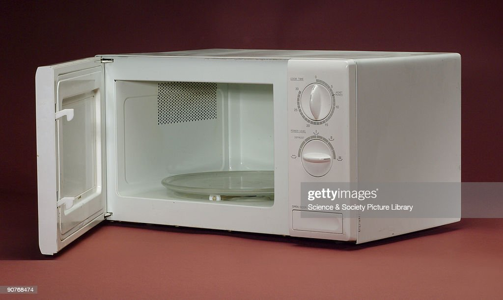 how to cook hotdogs in microwave oven