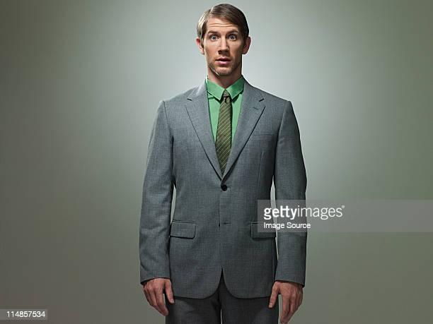 中年ビジネスマンの肖像画