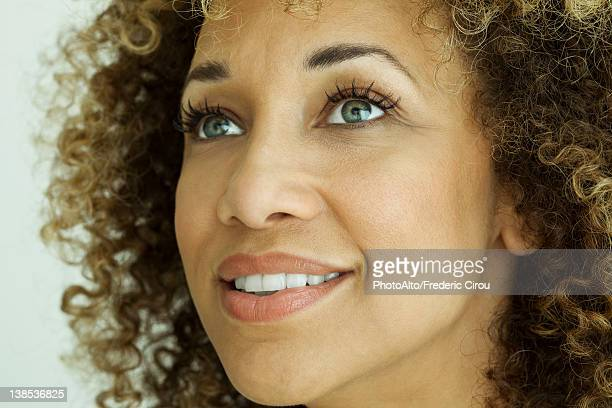 mid-adult woman, portrait - three quarter front view stock pictures, royalty-free photos & images