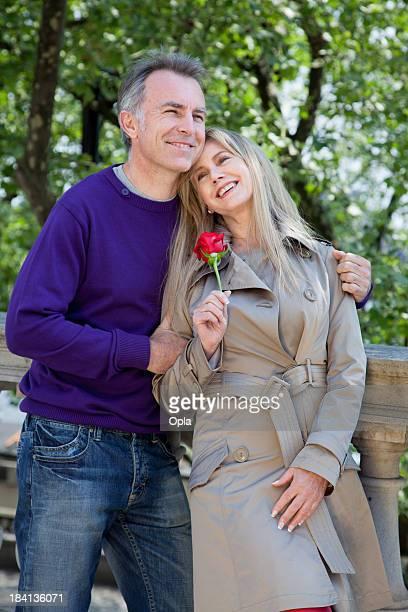 Mitte alter Romantik Paar