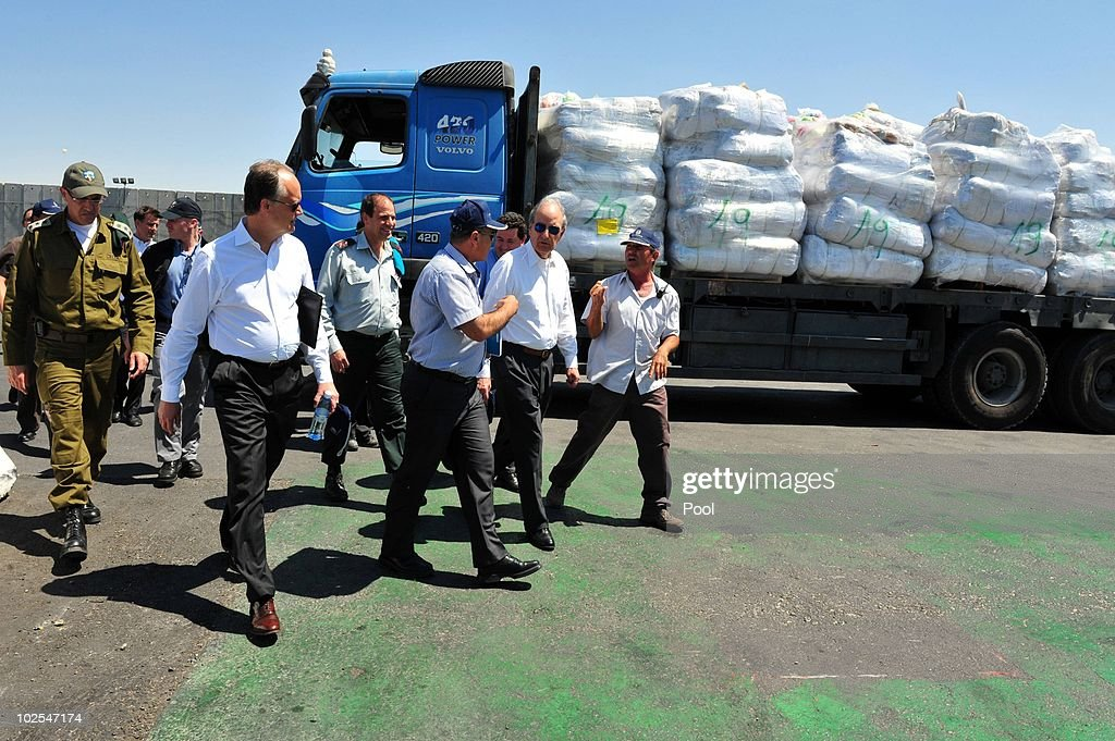 U.S. Middle East Envoy Visits Gaza Crossing : News Photo