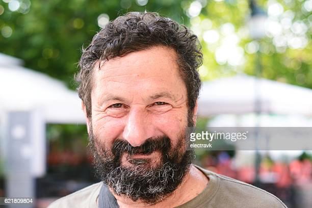 middle aged man smiling - sul europeu - fotografias e filmes do acervo