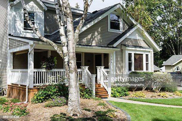 middle class american house in rochester, michigan - middle class stock pictures, royalty-free photos & images