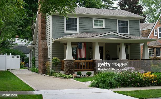 middle class american house - middle class stock pictures, royalty-free photos & images