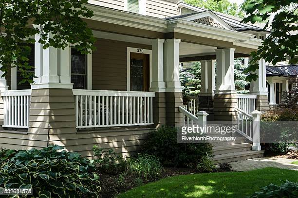 middle class american house - facade stock pictures, royalty-free photos & images