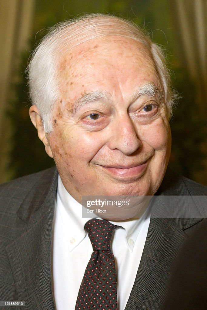 "Bernard Lewis ""Notes On A Century: Reflections Of A Middle East Historian"" Gala Dinner : News Photo"