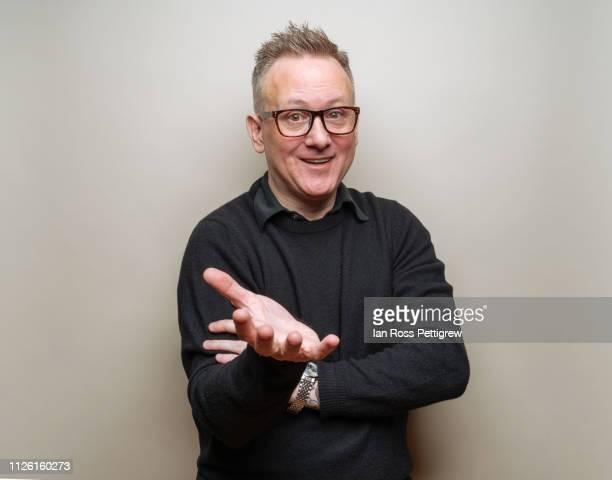 middle-aged businessman - top nero foto e immagini stock