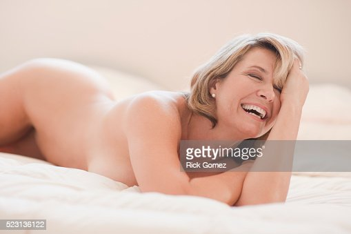 Middleaged women in lingerie have hot orgy in living room
