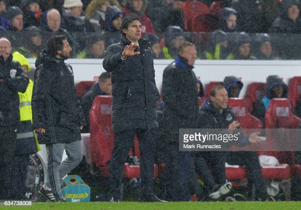 Middlesborough manager Aitor Karanka gestures from the sideline during during the Premier League match between Middlesbrough and Everton at Riverside...