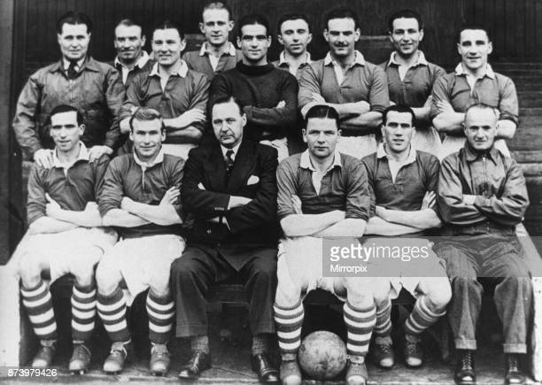 Middlesbrough team 1946 47 season which including George Hardwick Wilf Mannion and Harold Stepherdson Circa August 1946