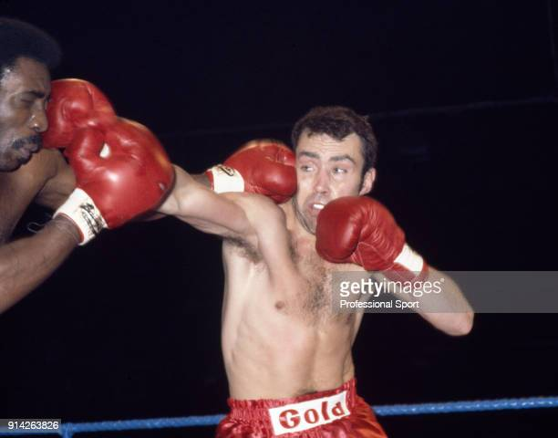 Middleweight boxer Alan Minter of Great Britain in action circa 1975