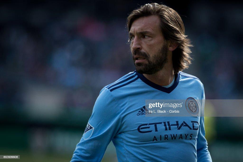 Soccer - MLS- Season Opening Match - New York City FC vs DC United : Fotografía de noticias