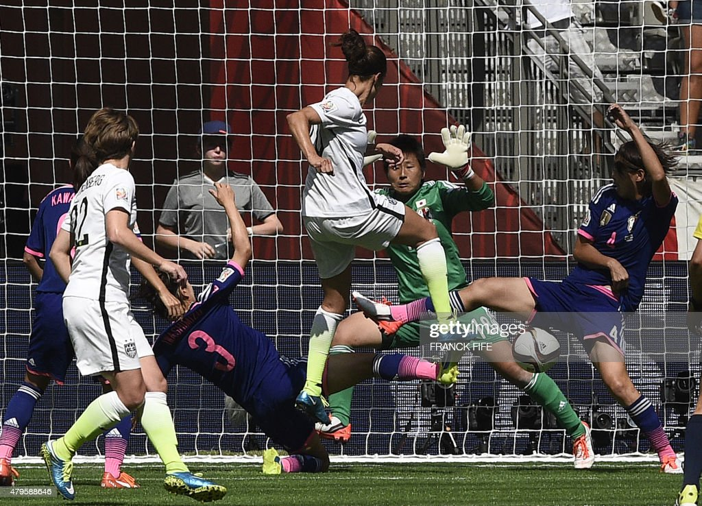 FBL-WC-2015-WOMEN-MATCH52-USA-JPN : News Photo
