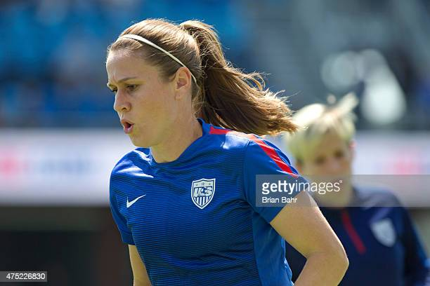 Midfielder Heather O'Reilly of the United States warms up before an international friendly match against Ireland on May 10 2015 at Avaya Stadium in...