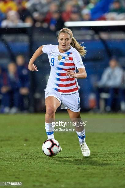 USA midfielder Lindsey Horan dribbles the ball during the final match of the CONCACAF Women's Championship between USA and Canada on October 17 2018...