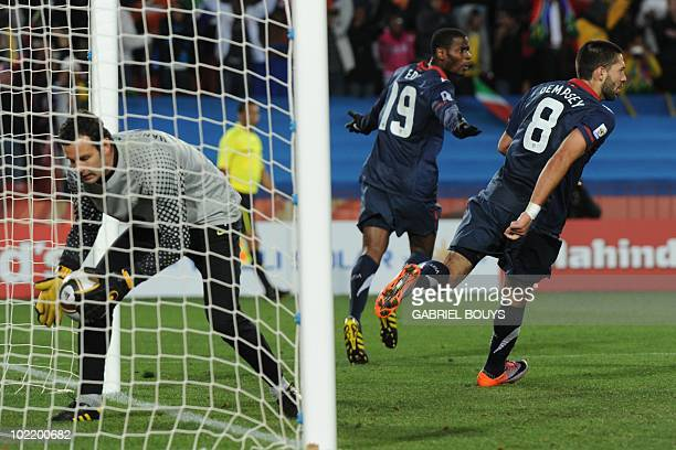 US midfielder Maurice Edu scores a denied goal during the Group C first round 2010 World Cup football match Slovenia vs USA on June 18 2010 at Ellis...