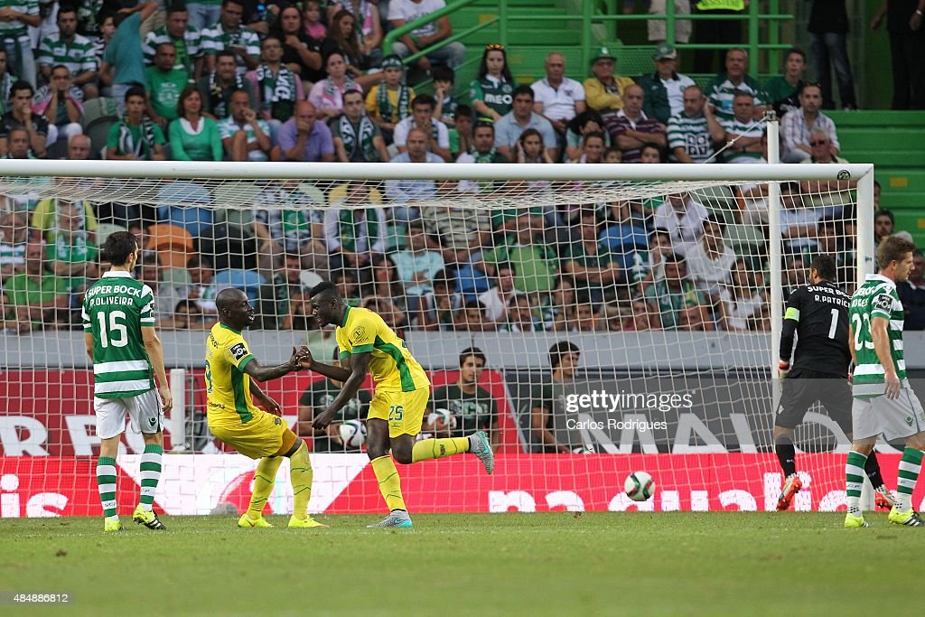Midfielder Pele of FC Pacos de Ferreira celebrates scoring Pacos Ferreira«s goal during the match between Sporting CP and FC Pacos de Ferreira at Jose Alvalade Stadium on August 22, 2015 in Lisbon, Portugal.