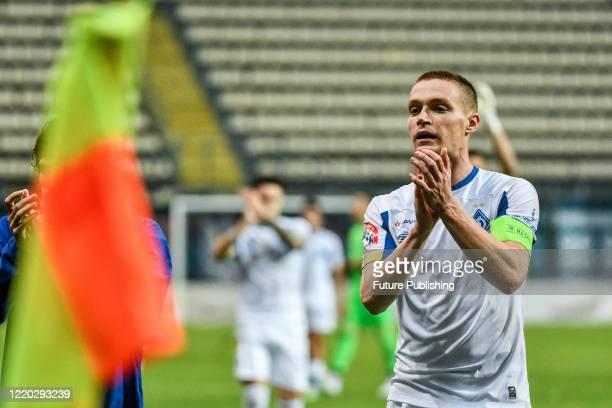 Midfielder Viktor Tsyhankov of FC Dynamo Kyiv claps his hands during a Ukrainian Premier League Matchday 26 game against FC Zorya Luhansk at the...