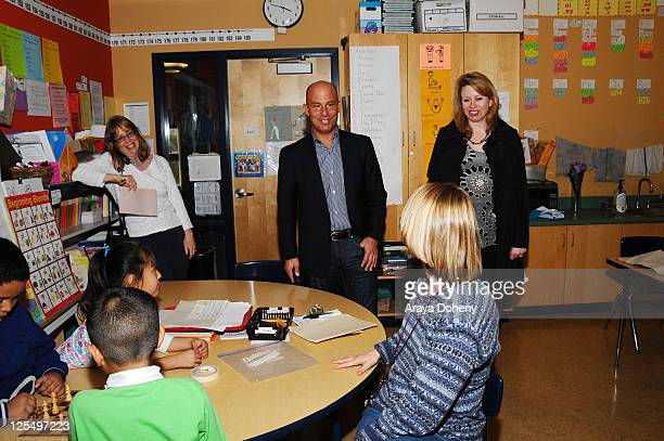 Midge Wilson of the Bay Area Women's Center Sears Executive Vice President John Goodman and VP/GMM of Sears Apparel Julie Cashion tour the Tenderloin...