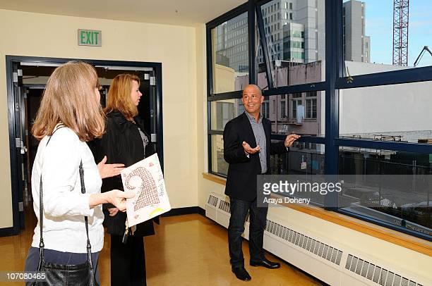 Midge Wilson of the Bay Area Women's Center VP/GMM of Sears Apparel Julie Cashion and Sears Executive Vice President John Goodman tour the Tenderloin...