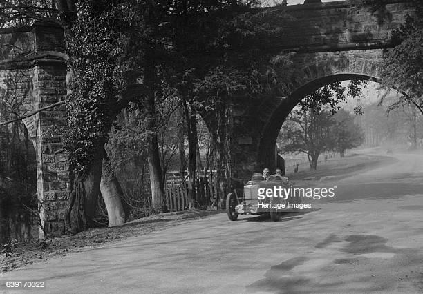 25 Driver ER Hall Place At the bridge Donington Park Race Meeting Date 25333 Artist Bill Brunell