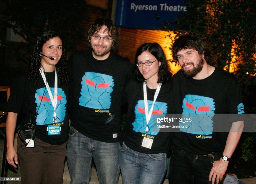 31st Annual Toronto International Film Festival - Midnight Madness Volunteers : Nachrichtenfoto