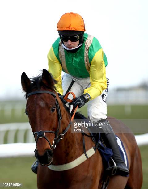 Midnight Shadow ridden by Ryan Mania prior to the beginning of the racingtv.com Handicap Hurdle at Wetherby Racecourse on February 17, 2021 in...