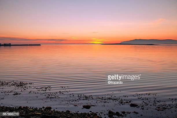 midnight sun in reykjavik - capital region stock pictures, royalty-free photos & images