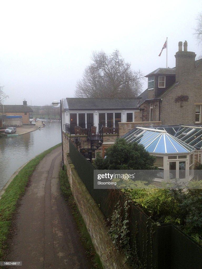 Midsummer House Restaurant Cambridge midsummer house stands beside the river cam in cambridge