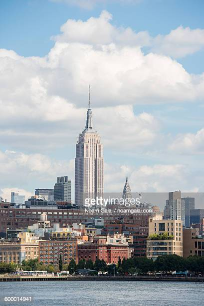 midtown nyc and the empire state building - noam galai stock pictures, royalty-free photos & images