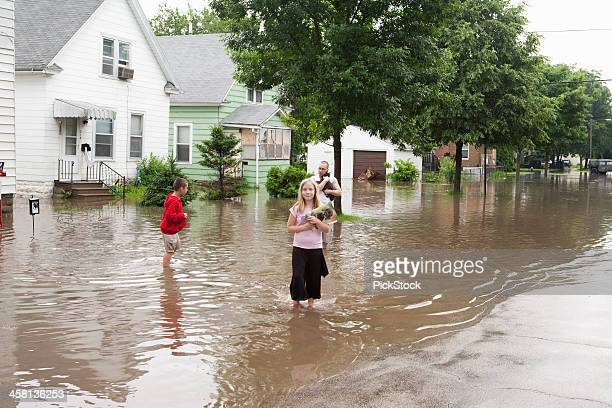 midwest flood victims - flooding stock photos and pictures