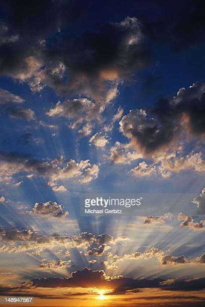midwest morning sun - ウィスコンシン州シボイガン ストックフォトと画像