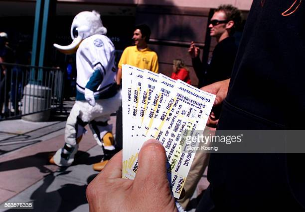 Mighty Ducks playoff tickets went on sale at 10 am this morning with a crowd of about 500 Mighty Ducks fans looking to purchase tickets at the...