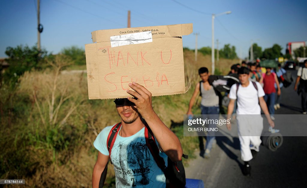 SERBIA-EUROPE-MIGRANTS-HUNGARY-BORDER-MARCH-PROTEST : News Photo