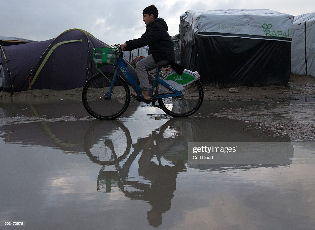 Harsh Winter Conditions For Those Living In The Migrant Camp In Calais : News Photo